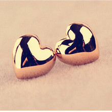 EK358 Hot Selling New Fashion Cute Heart Simple Vintage Glossy Stud Earrings For Women Wedding Personality Jewelry Wholesale(China)