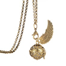 my shape Angel With Wings Essential Oil Fragrance Pendant Diffuser Necklace Glow in The Dark