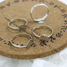 Sweet Bell 100pcs/lot Fashion Simple Plating Silver 8mm Adjustable Ring Bases Cabochon Blank Rings J2045(China)