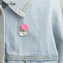 Miss Zoe Enamel phonograph pin Cartoon Birdie Cartoon vintage Brooch Denim Jacket Pin Buckle Shirt Badge Gift for Kids Friend