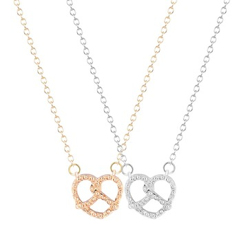 QIMING Boho Chic Love Heart Necklace Gold Silver Plated Simple Sweet Pendant Necklaces for Women Valentine Gift Wedding Jewelry