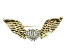 Free Shipping Loving Heart Shaped crystal Fashion Jewelry  Rhinestone Metal Angel Wings Brooch Pin