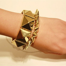 FishSheep Rock Big Pyramid Studs Bracelets Gold Color Rivets Stretch Wide Cuff Bracelets & Bangles For Men Women Jewelry