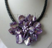 Charming Real Cultured Pearl Purple Shell Flower Necklace Leather