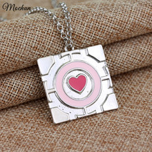 MQCHUN 2017 New Popular Pink Heart Chain Pendant Necklace The Portal Necklace Companion Cube Necklace Hot Sale Wholesale
