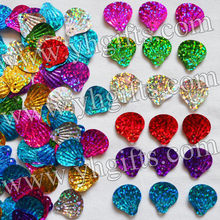 70Gram/LOT.Mixed color shell sequins,Lacing sequin,Handmade accessories, Kids diy,Sequin crafts,DIY material.1.5x1.4cm.Wholesale(China)