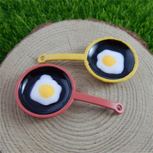 Wholesale 5Pcs Miniature Frying Egg Pan Breakfast Food kitchen Pendant Charm For Necklace Creative Jewelry Accessories 47*25*5mm