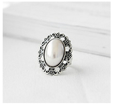 R043 2017 fashion simple retro carved simulated pearl ring for women jewelry wholesale free shipping
