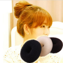 3pcs 2017 Maiden Donut Bun Maker Girl Women Round Sponge Hair Curler Curling Iron Hairstyle Styling Tools HO674524(China)
