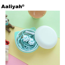 Aaliyah 2017 Cartoon Cat Paw Stereo Earphones Earbuds In-Ear Kids Girls Earphones with Mic fone de ouvido for Smartphone Samsung