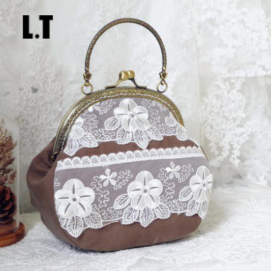 2017 Women Shabby Chic Lace Shoulder Bag Handmade Vintage Retro Victorian Style Wedding Cotton Frame Chain Stacy Small Funky Bag<br><br>Aliexpress