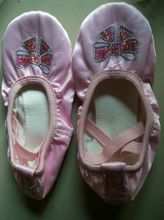 dance ballet shoes Flats Designer Soft embroidered butterfuy satin ballerina Shoes chaussons danse ballet 4036(China)