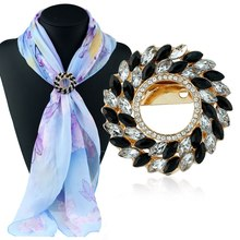 2017 Women Brooches 1PC Fashion Quality Accessories Crystal Women Circle Flower Brooch Pin Scarf Buckle 1X033