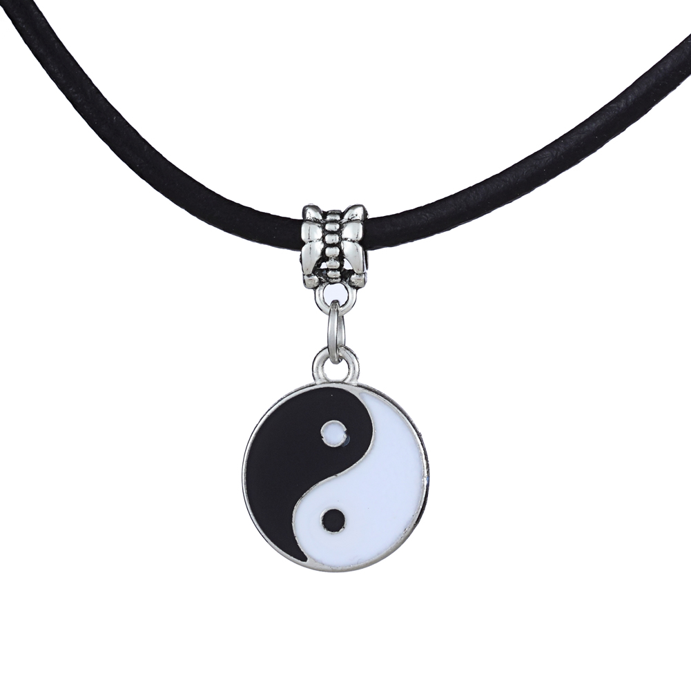Chi Best Friend Pendants Necklaces Black White YinYang Necklace Sign jewelry Magic Signv Gift Free shipping