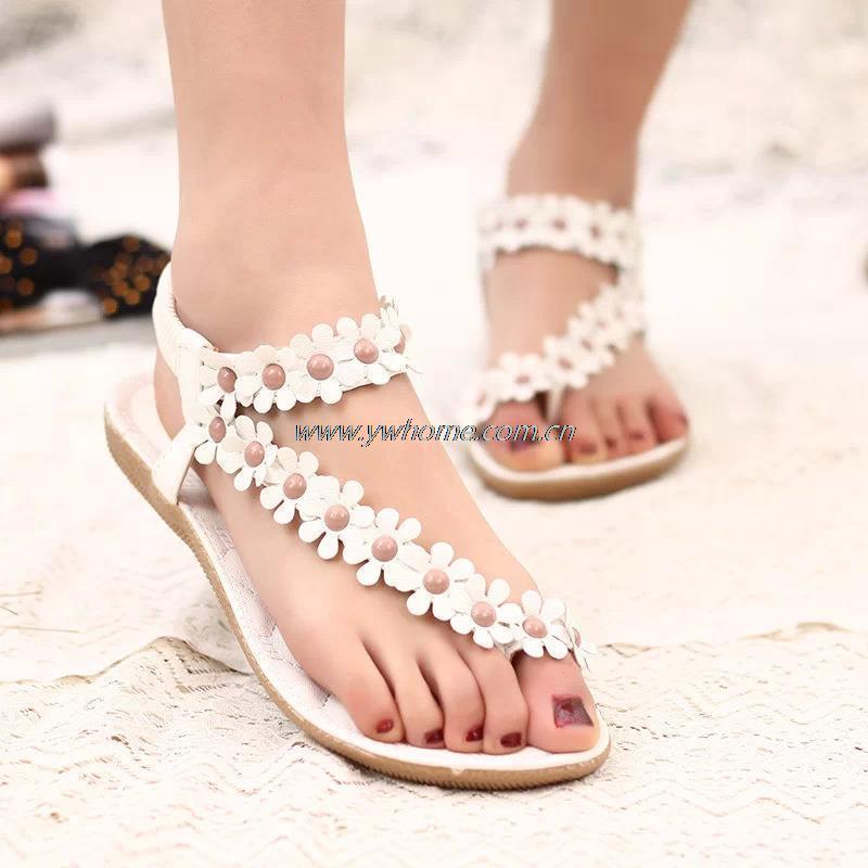 retail Flip-flop sandals flip womens shoes flat flats bohemia flower beaded soft outsole sweet size 35-39<br><br>Aliexpress