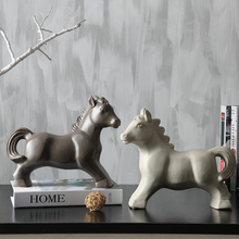 Creative fashion simple ceramic horse Nordic ornaments Living Room Decorations Animal Crafts Soft furnishings deoration