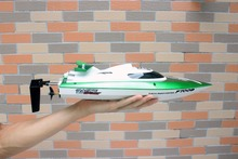 30KM/H, 2015 hot sale 100% original 009 2.4G RC Boat Electric Remote Controlled Speedboat with Water Cooling motor system(China)