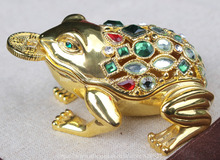 Fengshui Frog Trinket Box Gold Frog Storage Jewelry Box with Cystals Studded Collectible Metal Figurine Frog with Coin in Mouth