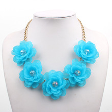 Fresh Crystal Short Fashion Women Acrylic Flowers Jewelry Choker Necklaces Five flower Necklace Popular Party Accessories(China)