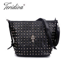 Teridiva Bucket Bag Women's Fashion Handbag Solid Color Skull Shoulder Bag Women Rivet Handbags Messenger Bags Punk Bolsos Mujer