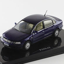 Blue 1:43 Volkswagen German VW PASSAT B5 Die Cast Model Car Metal Model Festival Gifts Vehicle