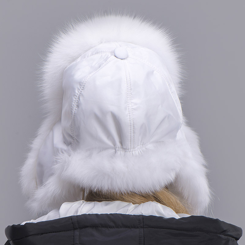 fox fur hat woman white 2
