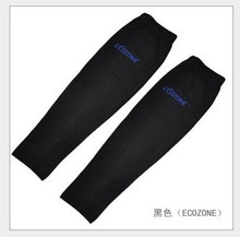 1 pair sunscreen anti-UV ice silk riding golf driving protection cuff basketball cool arm sleeve ice Oversleeve(China)