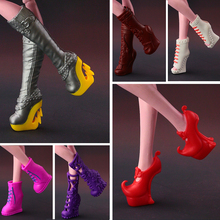 2017 New Fashion long boots  shoes For Monster High Doll CUte  Doll accessories 15 style available