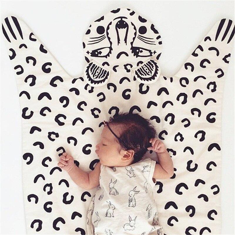 Hot Sale 113*68cm Fox Leopard Animals Play Game Mats Crawling Blanket Carpet Rug Baby Kids Room Decoration Kids Cotton Blanket <br>