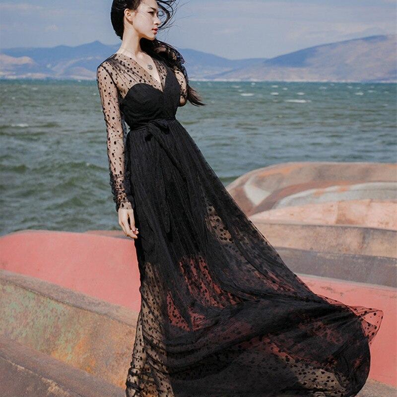 Вечернее платье в сетку