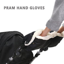 2016Baby Stroller Accessories Winter Waterproof Anti-freeze Pram Hand Muff Baby Carriage Glove Baby Buggy clutch cart muff glove