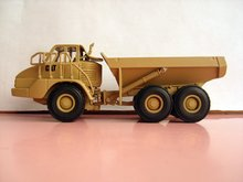 N-55251 1:50 CAT Military 730 Articulated Truck toy(China)
