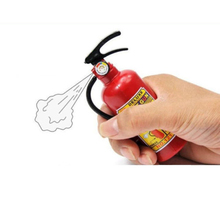 2pcs/lot Free shipping Children's Plastic Tricky Little Squirt Toy Water Gun Fire Extinguisher Style GYH