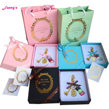 KC15 New Pink Blue Black France  Macaroon Effiel Tower Keychains Christmas Mother Friend Lover Gifts Box Ribbon Handbag