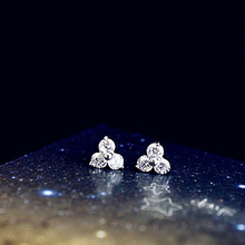 Fashion triangle shaped Small Mini Crystal Stud Earrings Cute Sweet White Gold Color Girl Kids Jewelry ear bones Earrings