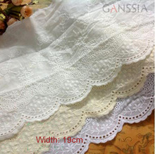 1 Yard width:19cm Vintage cotton cloth lace Sewing accessories Embroidered trim lace Flower design lace for diy(ss-2961-463)