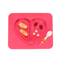Kawaii Heart Shaped Baby Dishes Multi-grid Bright Color Baby Feeding Tableware Cute Safe Food-grade Silicone Vajilla Infantil