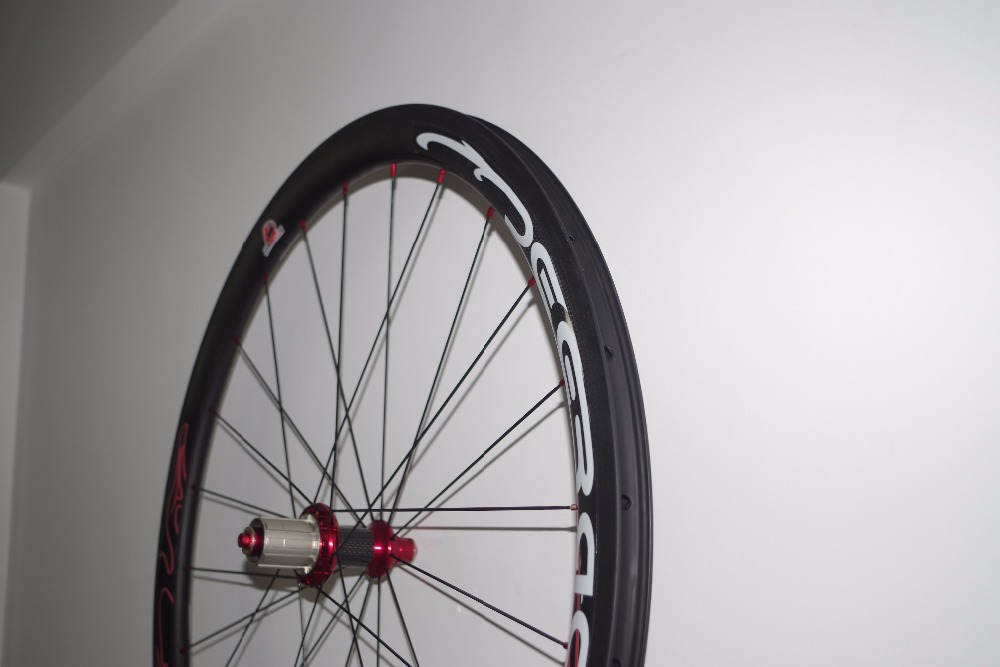 40mm carbon wheel set tubeless clincher