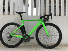 2018 Aroad Cf SLX carbon road bike complete bicycle carbon BICICLETTA bicycle with bike group 6800 5800 carbon wheels(China)