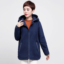 Woman coat of winter casual thicker berber fleece 53.5% cotton hooded zipper jacket women middle age 4XL plus size 2017 new(China)