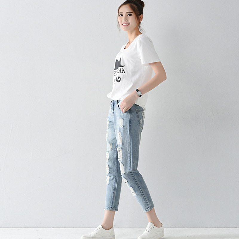 New Fashion Hole Loose Jeans Light Blue Distressed Shorts 26-31 Size Middle Waist Jeans Comfortable Cotton JeansОдежда и ак�е��уары<br><br><br>Aliexpress