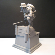 Unpainted Kit 1/16 120mm  German biological soldier with base   figure Historical WWII Figure Resin  Kit Free Shipping