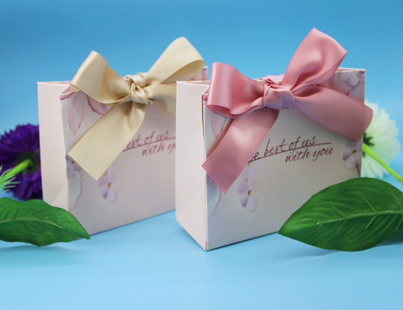 New Green Pink Gift Bags Wedding Favors and Gifts Box Party Paper Candy Box For Wedding Decoration Baby Shower Supplies (7)