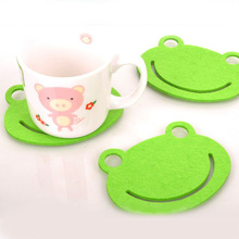 110*90*3mm Lovely Green Frog Cup Pad Felt Cloth Bowl Placemat Coaster Christmas Gift 50pcs/lot SH057(China)