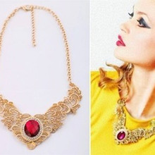 European and American fashion jewelry wholesale metal lace hollow imitation gemstone necklace female