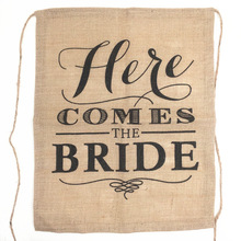 Hot Khaki Here Comes the Bride Natural Jute Fabric Burlap Banner Flags for Wedding Decoration 40*50cm