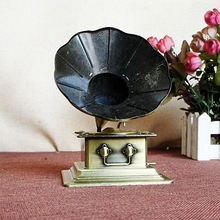 Creative gifts phonograph Decoration metal phonograph model retro home furnishings decorative crafts(China)