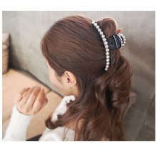 Elegant Large Artificial Pearls Hair Accessories Cute Plastic Hair Barrettes Beautiful Jaw Claws Long Hair Clips for Women HC446(China)