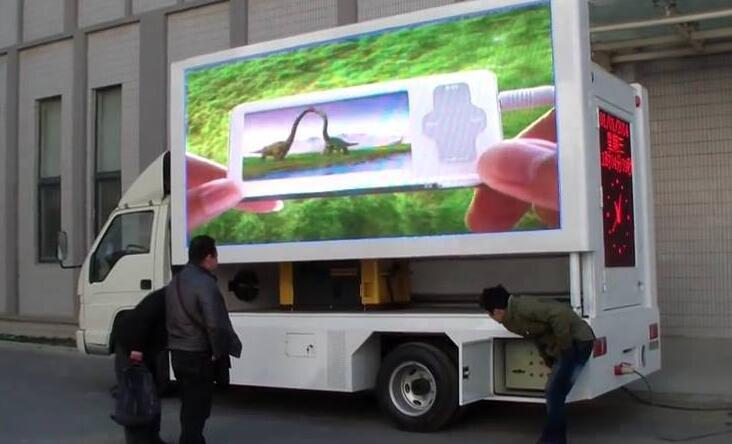 custom made mobile led sign on truck P5 Outdoor videowall 6500cd waterproof cabinet advertising billboard led display(China (Mainland))