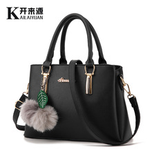 100% Genuine leather Women handbags 2018 new female bag fashionista embossed shoulder bags of western style air bag(China)